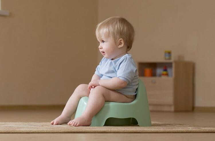 Tips que ayudarán a tu hijo en sus primeras idas al baño
