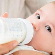 ¿Por qué usar biberones de vidrio para recién nacidos?