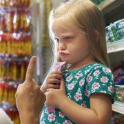 ¿Tu hijo se porta bien con otros pero contigo es todo lo contrario?