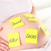Los 20 nombres más originales para ponerle a tu bebé este 2019